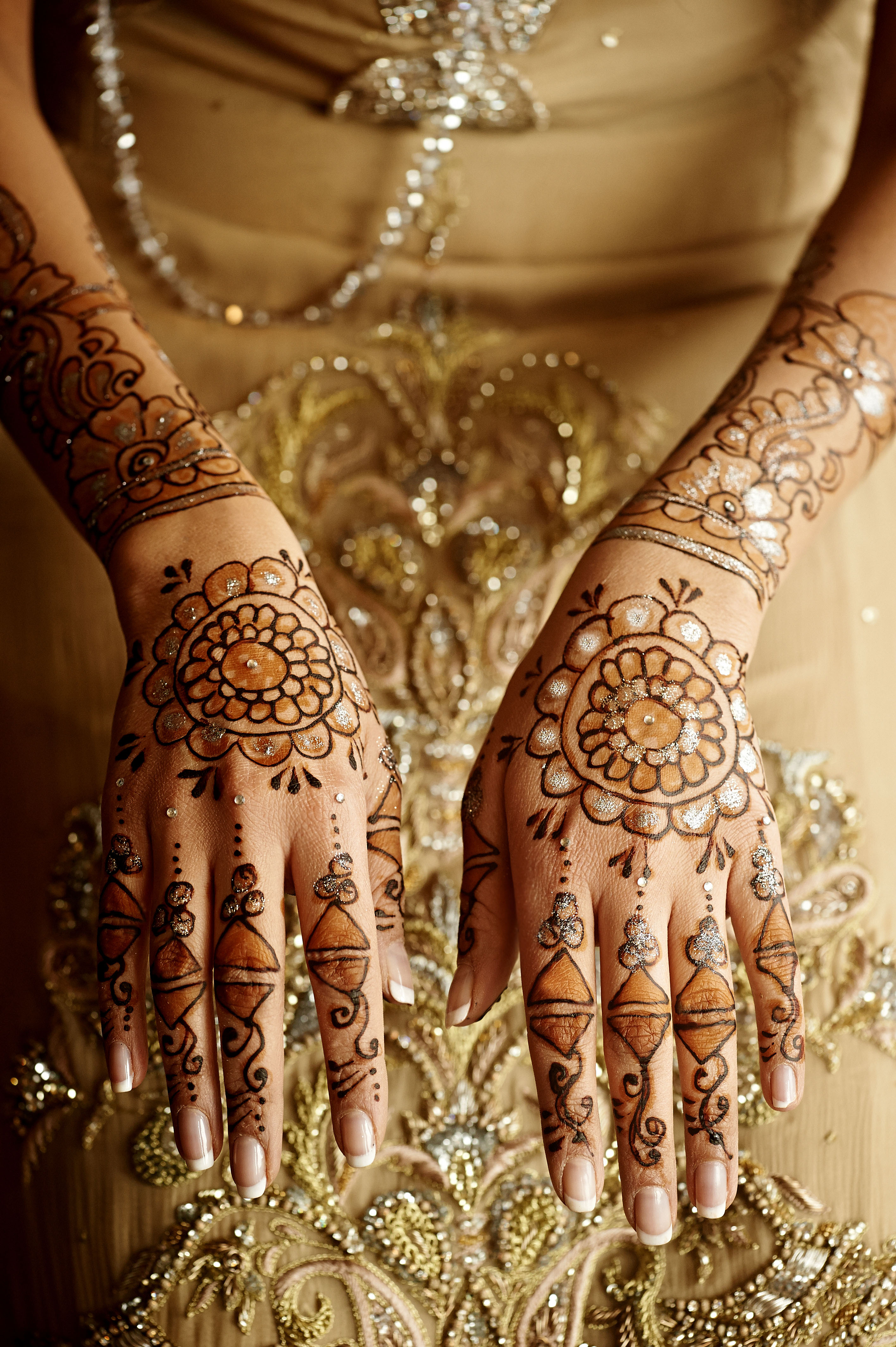 Henna by Amberesque14