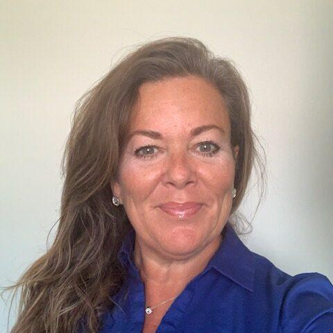Leslie Gillis, Esq. Senior Litigation Attorney