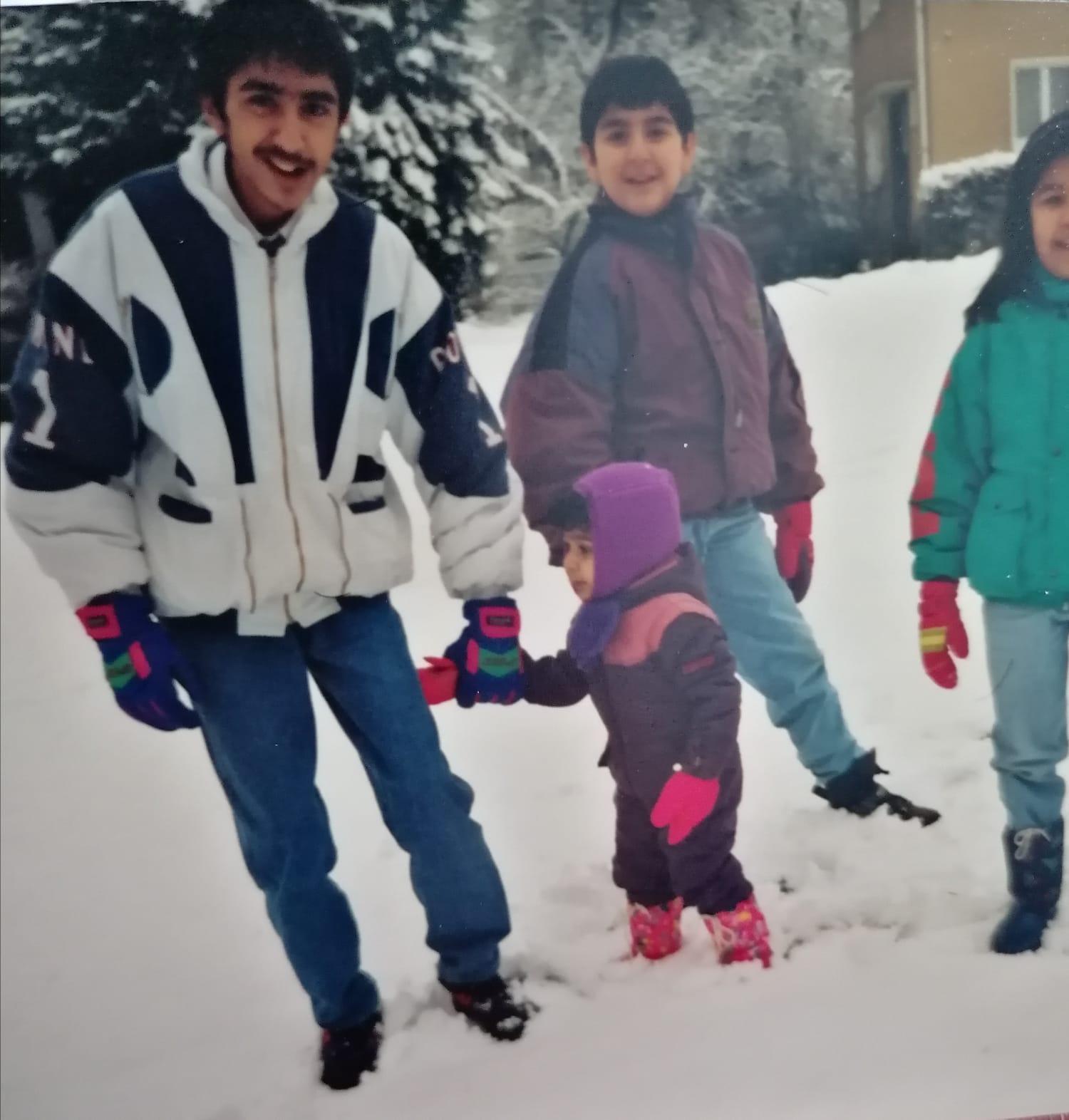 arash_azhand_and_siblings