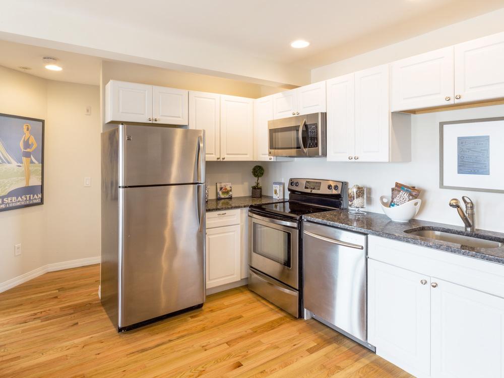 SHORELINE-PropertyUnits-Kitchen