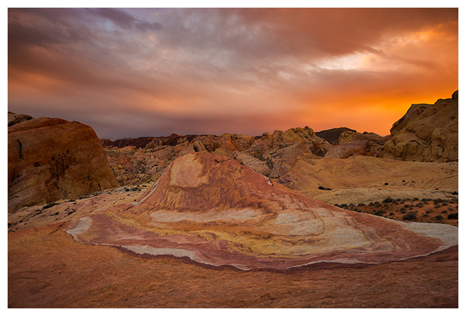 2-crazy-hill-sunset-valley-of-fire