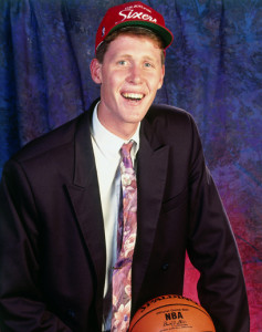 Nice tie, guy. Photo credit - Topps