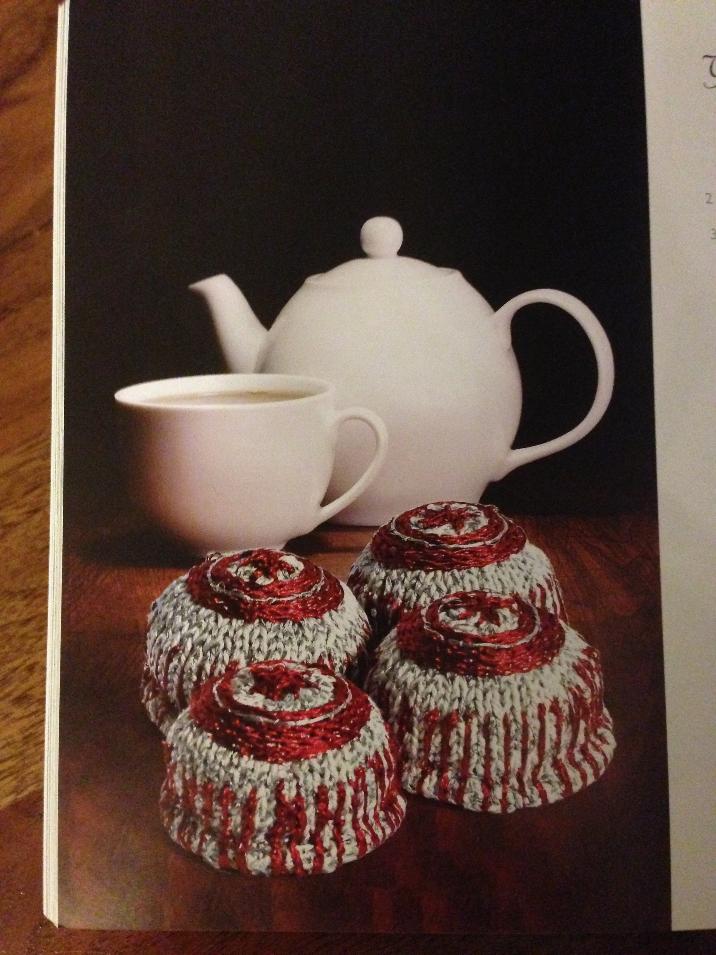 Knit your own chocolate teacakes!!!  Aren't they perfection?