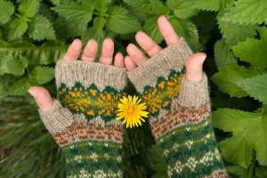 mitts_claire_weaver-1