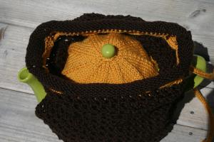 Sholeen's version of Mr. Knightley's tea cozy.  Beautifully knit!