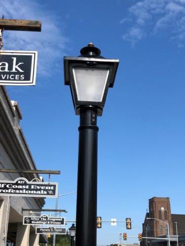 Top of streetlight-0001