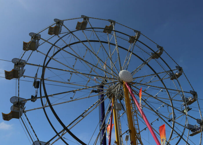 #16 Ferris Wheel