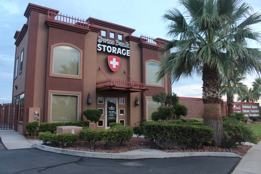 Swiss Bank Storage at Dixie Drive