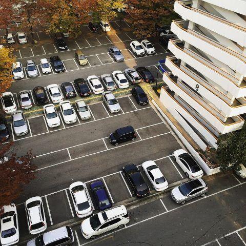 HOA parking lot sweeping - sweeping.com