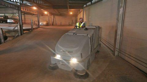 municipal garage scrubbing-sweeping.com