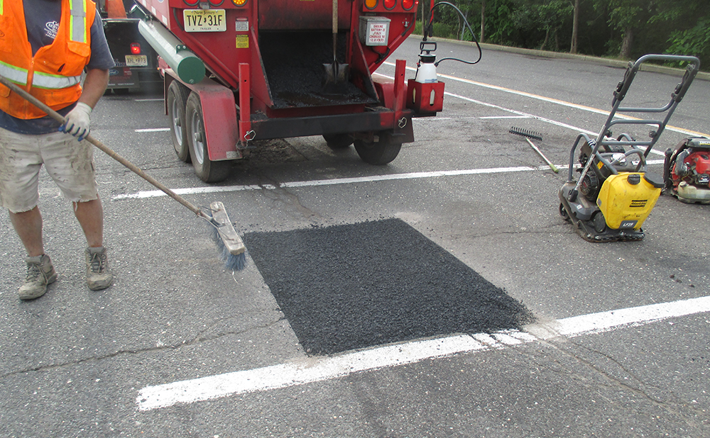 Asphalt repair and maintenance from C&L Services