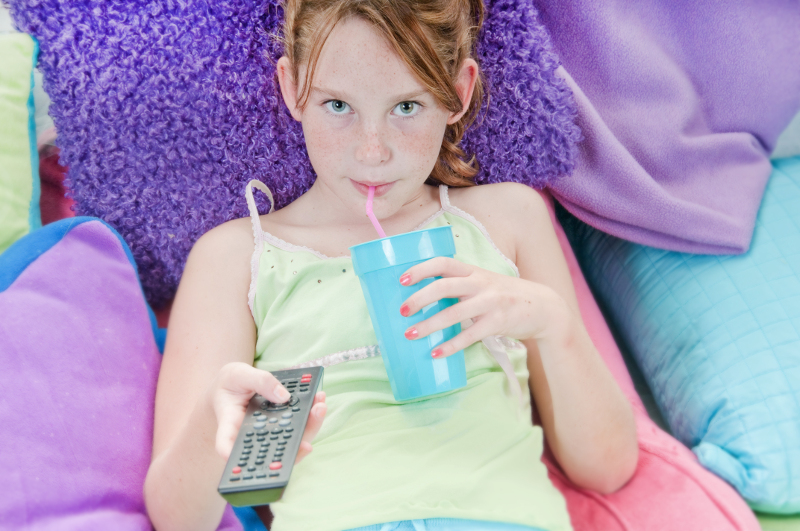 KIDS AND ACTIVE SCREEN TIME