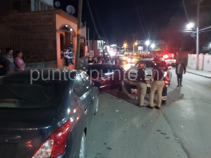 ACCIDENTE VIAL EN ALLENDE, REPORTAN DAÑOS MATERIALES.