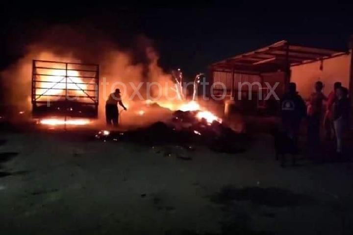 INCENDIO EN CADEREYTA MOVILIZA A PROTECCIÓN CIVIL DE CADEREYTA.