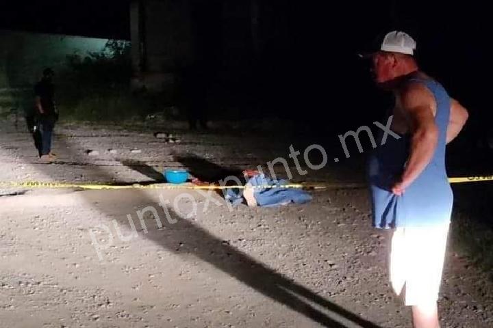 UN SICARIO MUERTO Y UN POLICIA HERIDO AL SER EMBOSCADOS EN CADEREYTA.