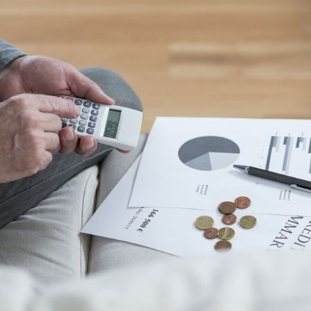 Cost saving benefits of sales executives recruiting