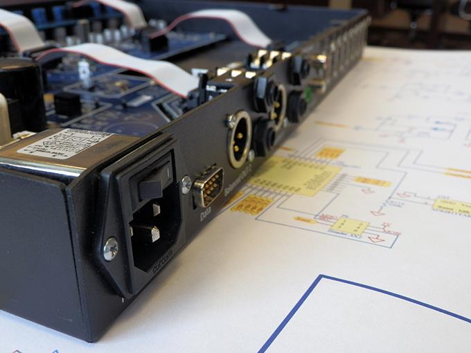 Minelec Audio Mixer