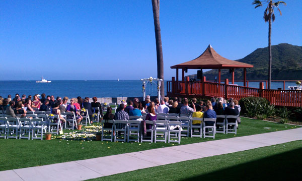 oceanview-room-wedding-ceremony-set-up