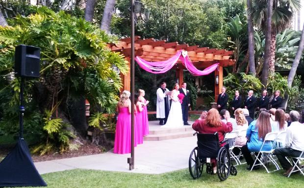 Crown Plaza Wedding Dj