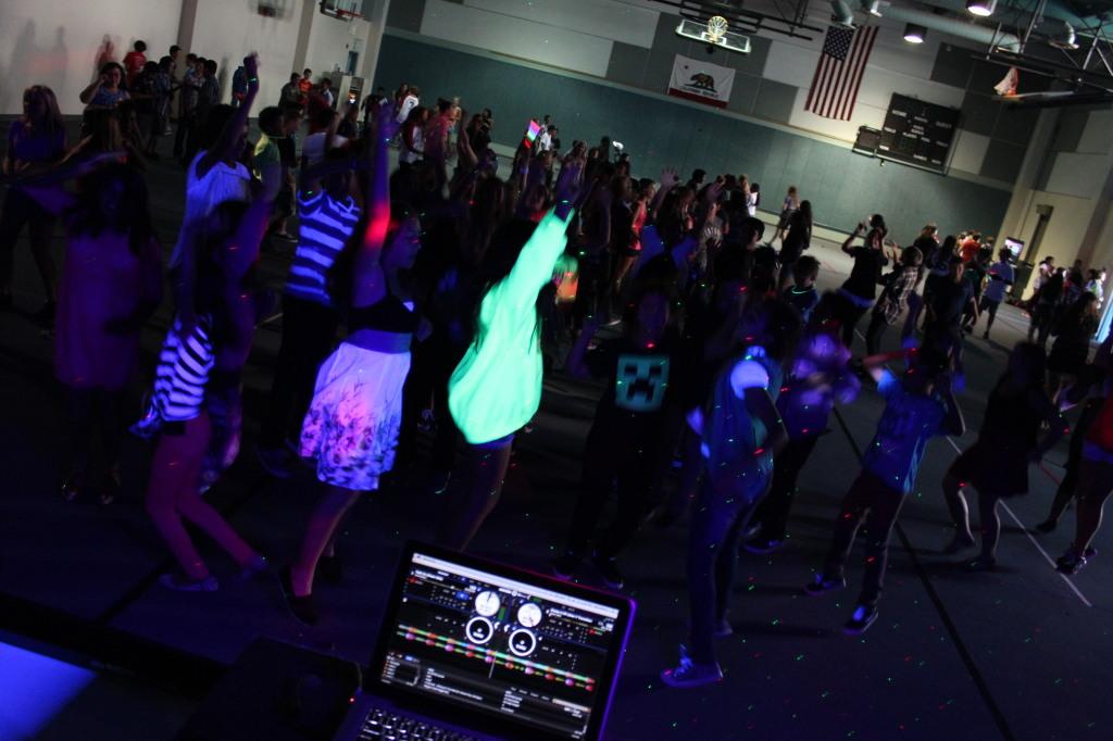 San Diego School Dance DJ