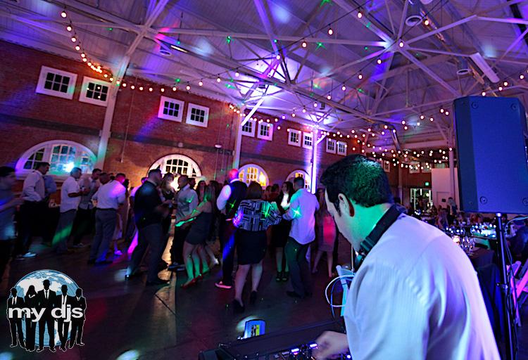 wedding-dance-floor-dj