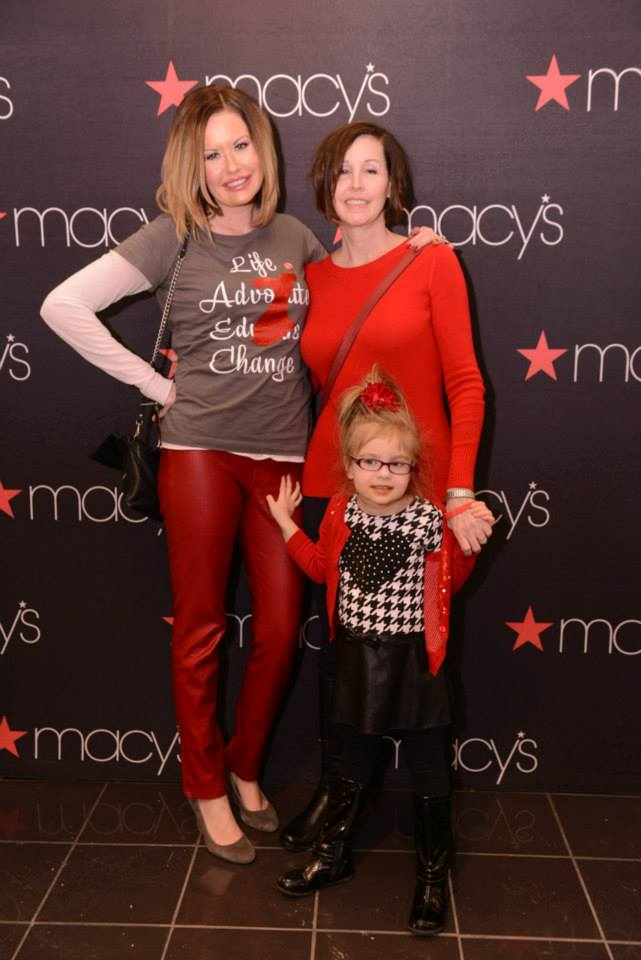 Go Red with Noelle, her mom and her daughter