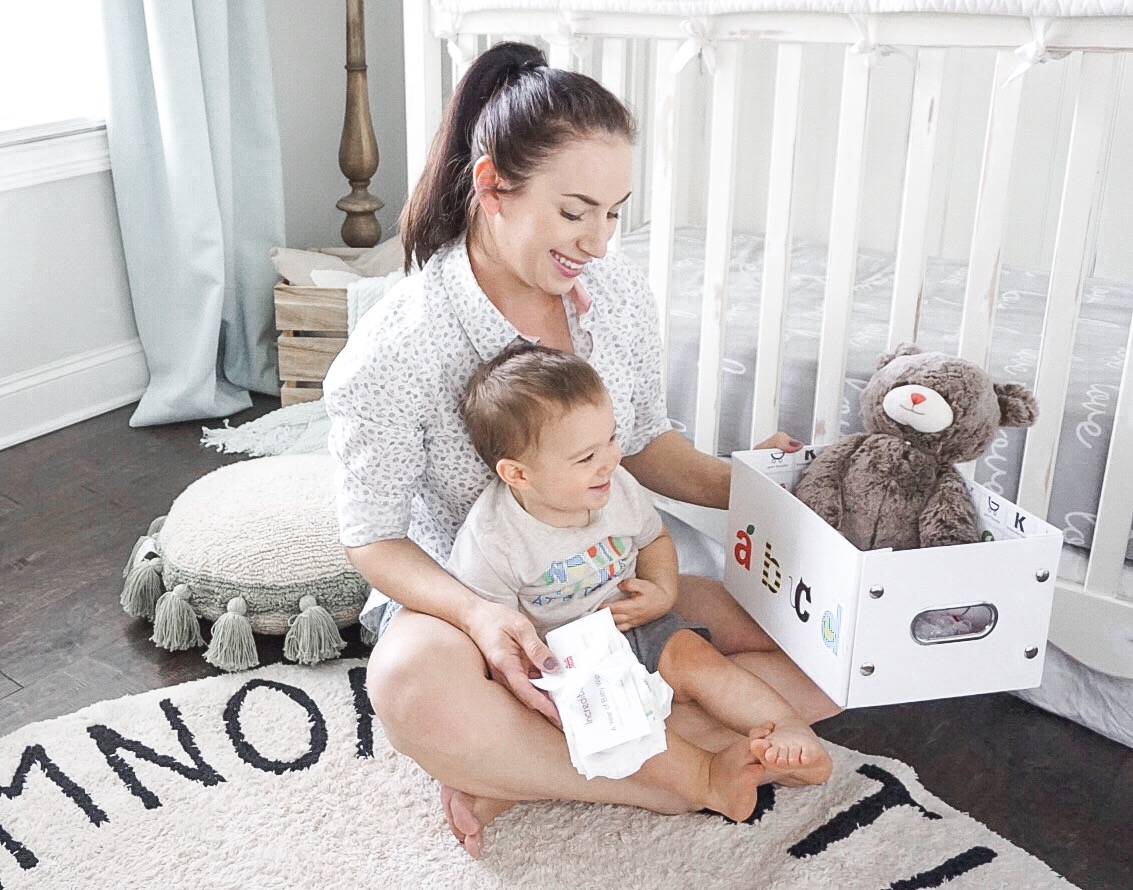 IncrediBundles.com Review and GIVEAWAY | The Perfect Baby Shower Gift!