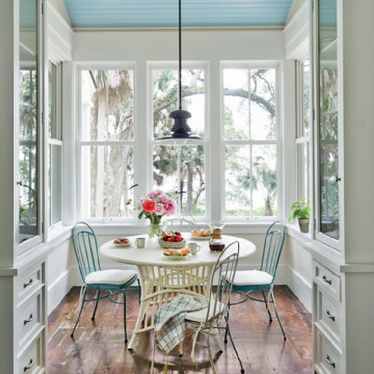 low-country-breakfast-room