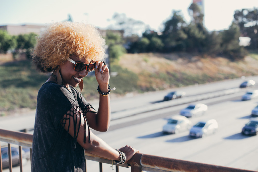 Natural Hair, Blonde hair, sunglasses, bohemian style, fashion, jewelry, accessories, asics, kicks, tennis shoes, sneakers