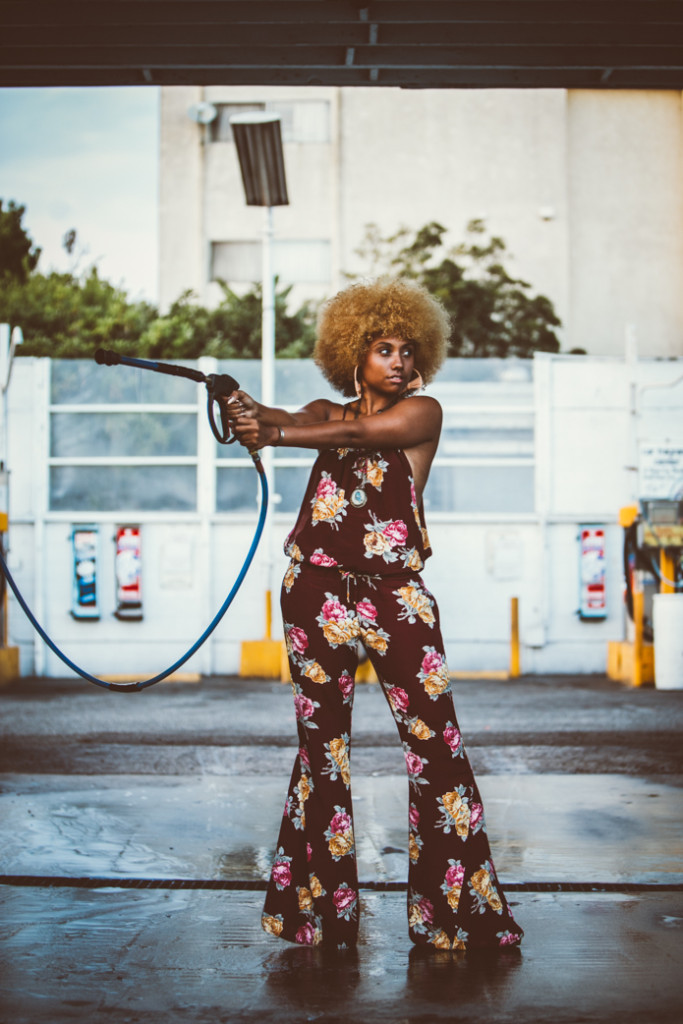 LIVECLOTHESMINDED, CLOTHESMINDED, 1970S, FLARES, JUMPSUIT, FUNK, FUNKY, AFRO, AFROCENTRIC, FLYY, FLYNNSKYE, FALL FASHION, NATURAL HAIR.