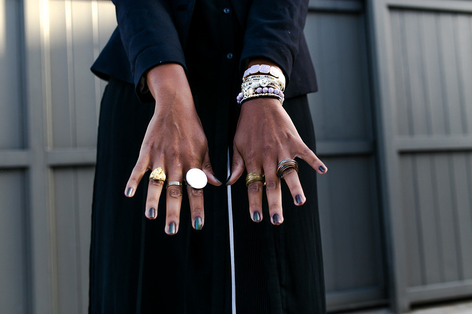 rings on hands-liveclothesminded