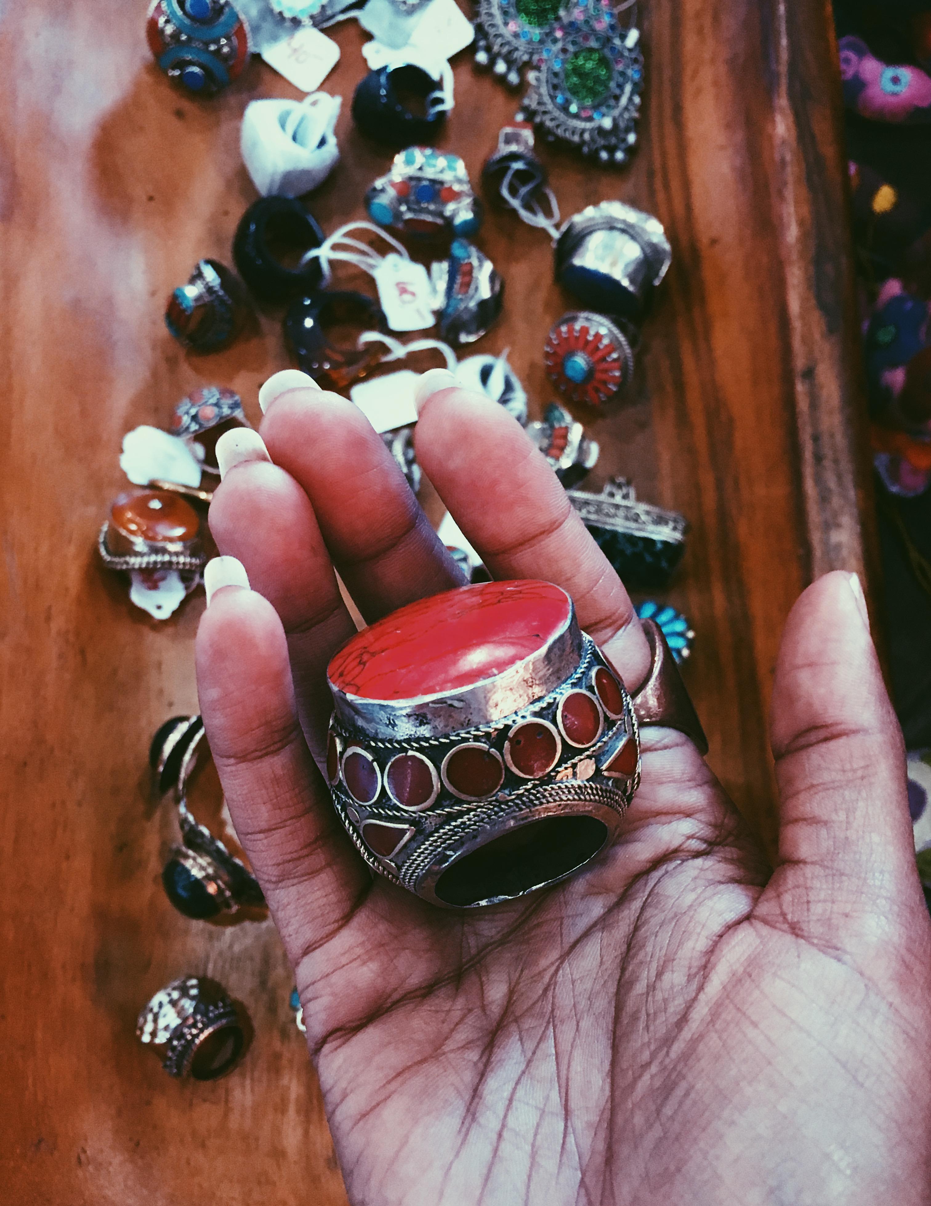 LCM-Photography-flying-miz-daisy-OC-Vintage-Market-jewelry