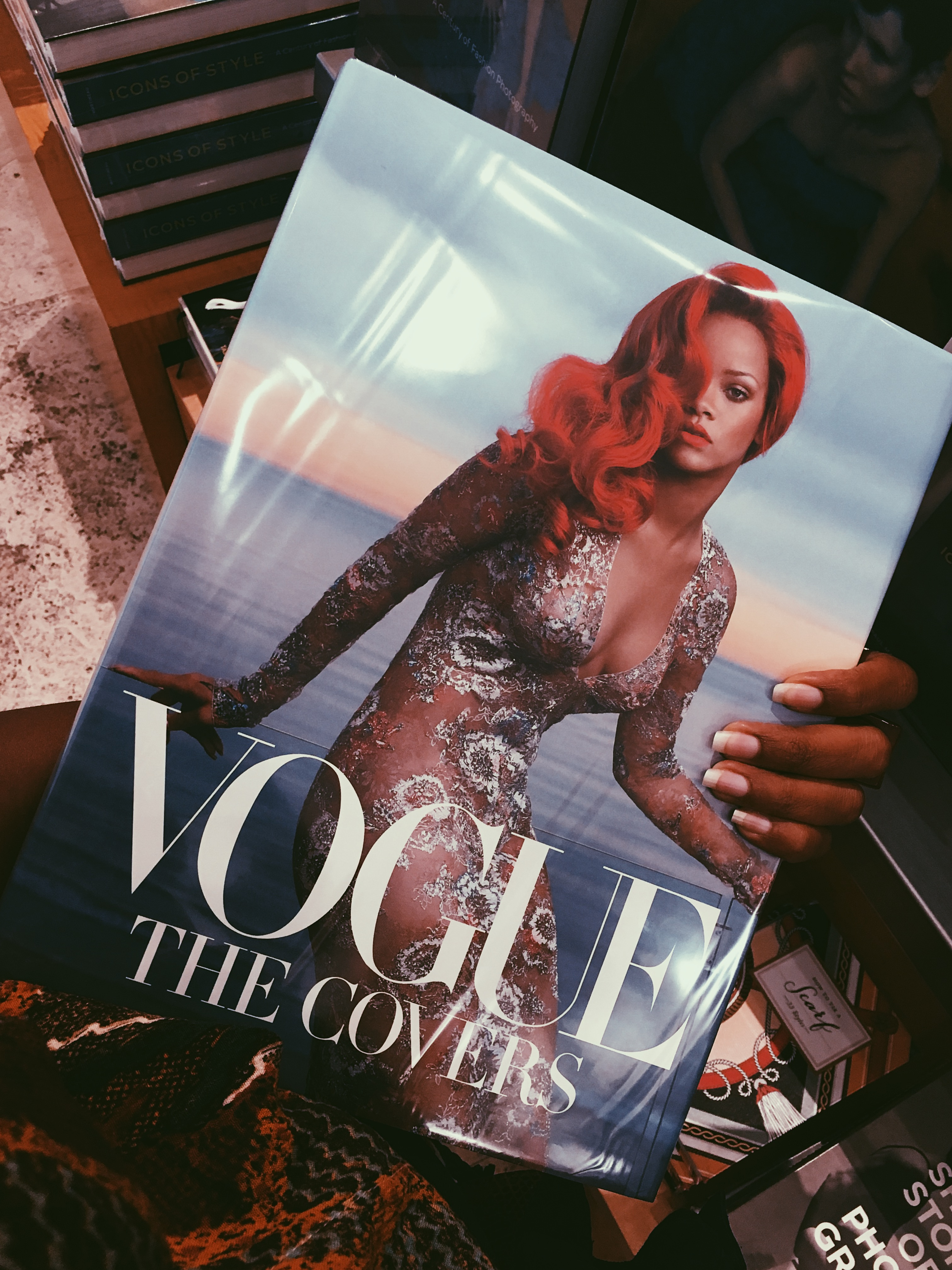 LiveClothesMinded-Getty Museum-Vogue-Rihanna