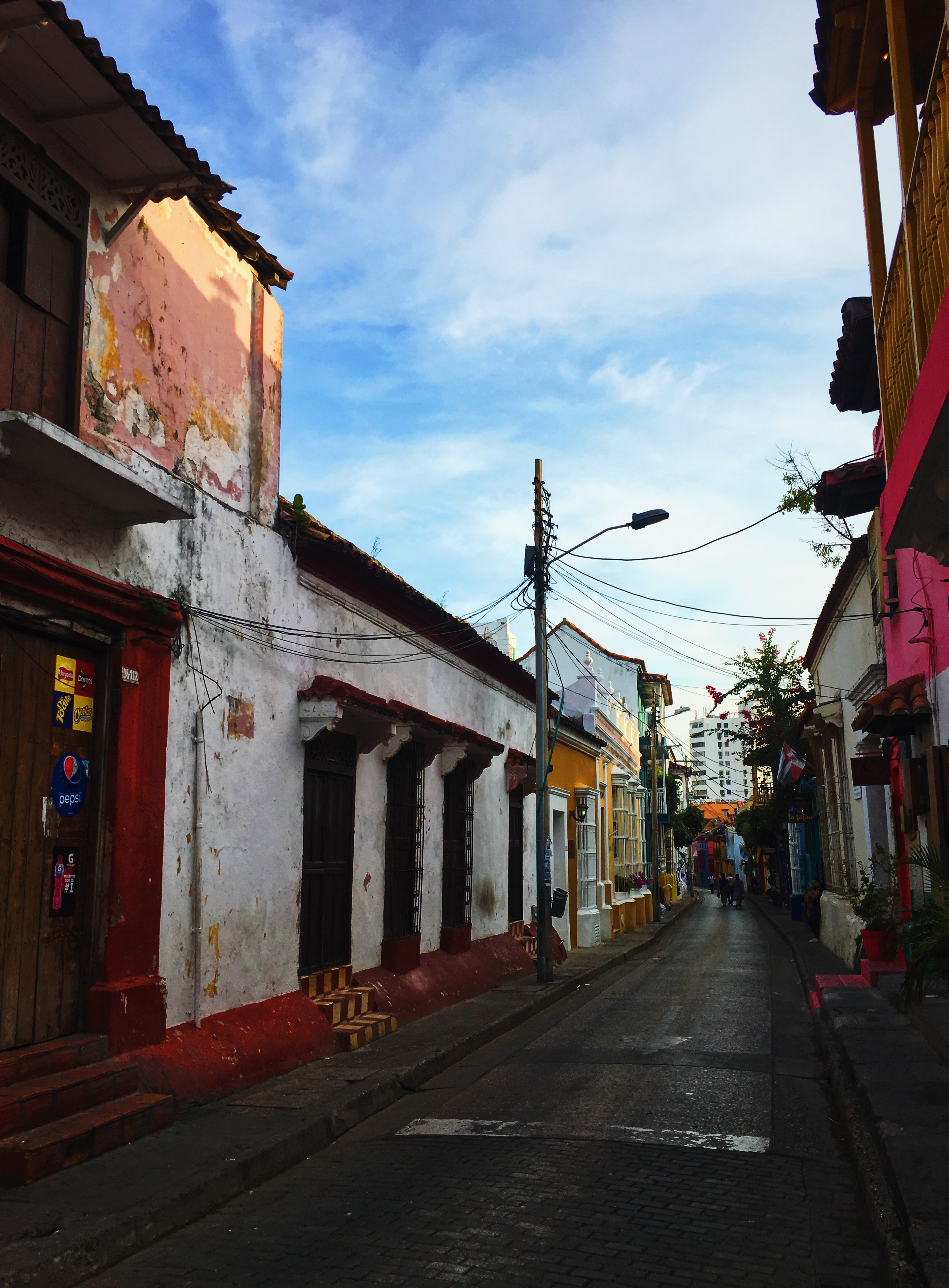 lcm-liveclothesminded-colombia-cartagena-walled city-old town