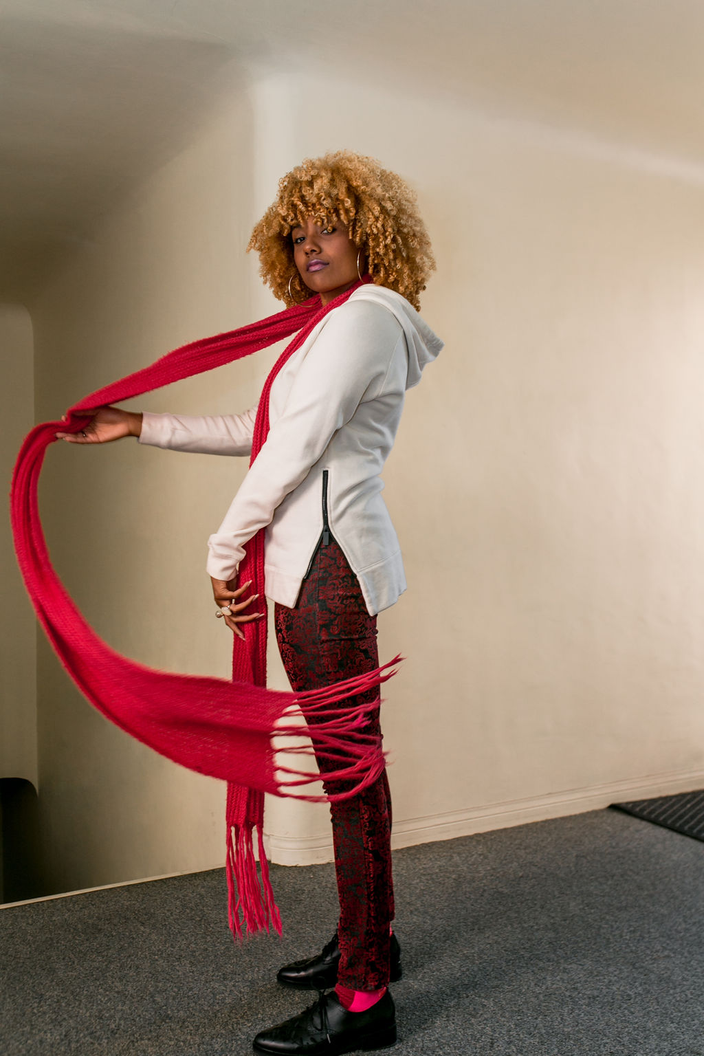 RSEE-LCM-Liveclothesminded-xmmtt-longbeach-2400-how to wear-pink + red-fall outfit-pink scarf
