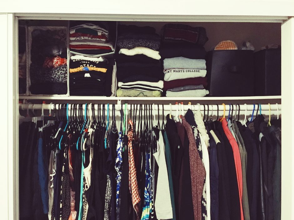 hanging clothes-closet tips-diy-closet organizing-wear who you are