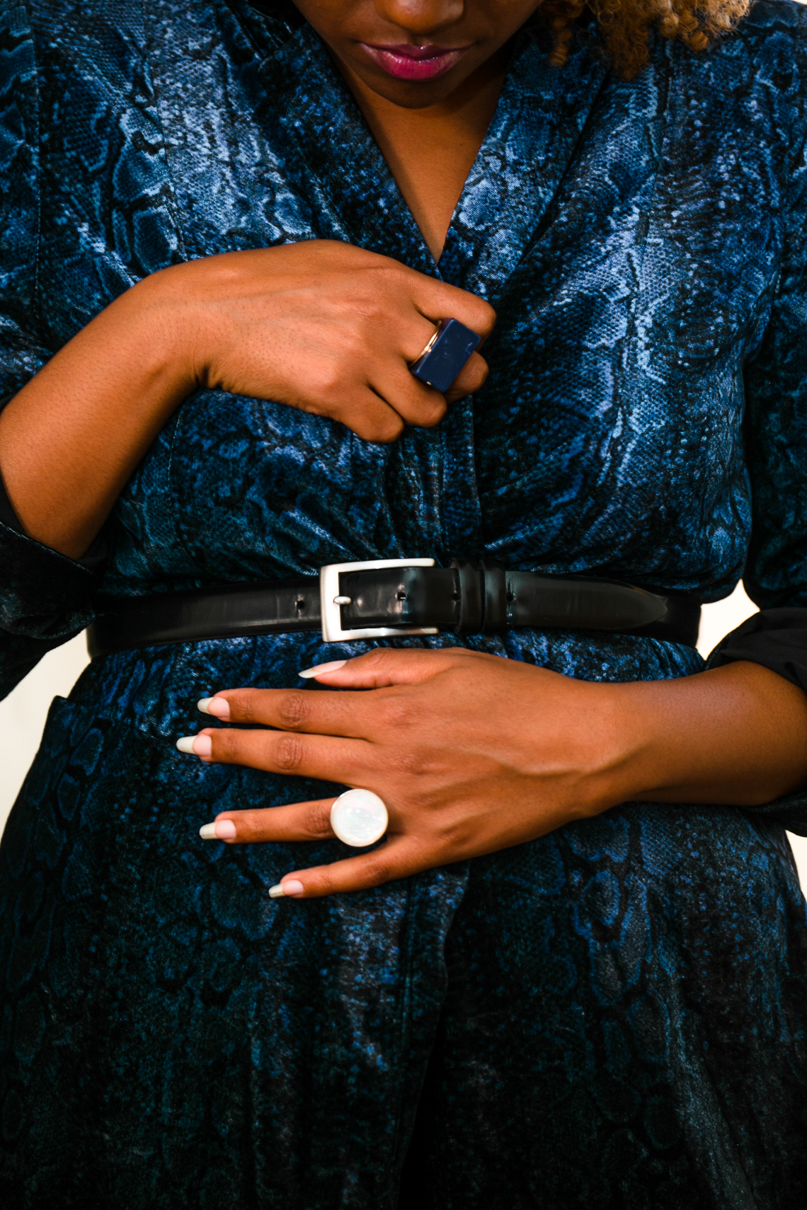 blazer-snake print-how to wear snake print-wear who you are-liveclothesminded-details-blue blazer