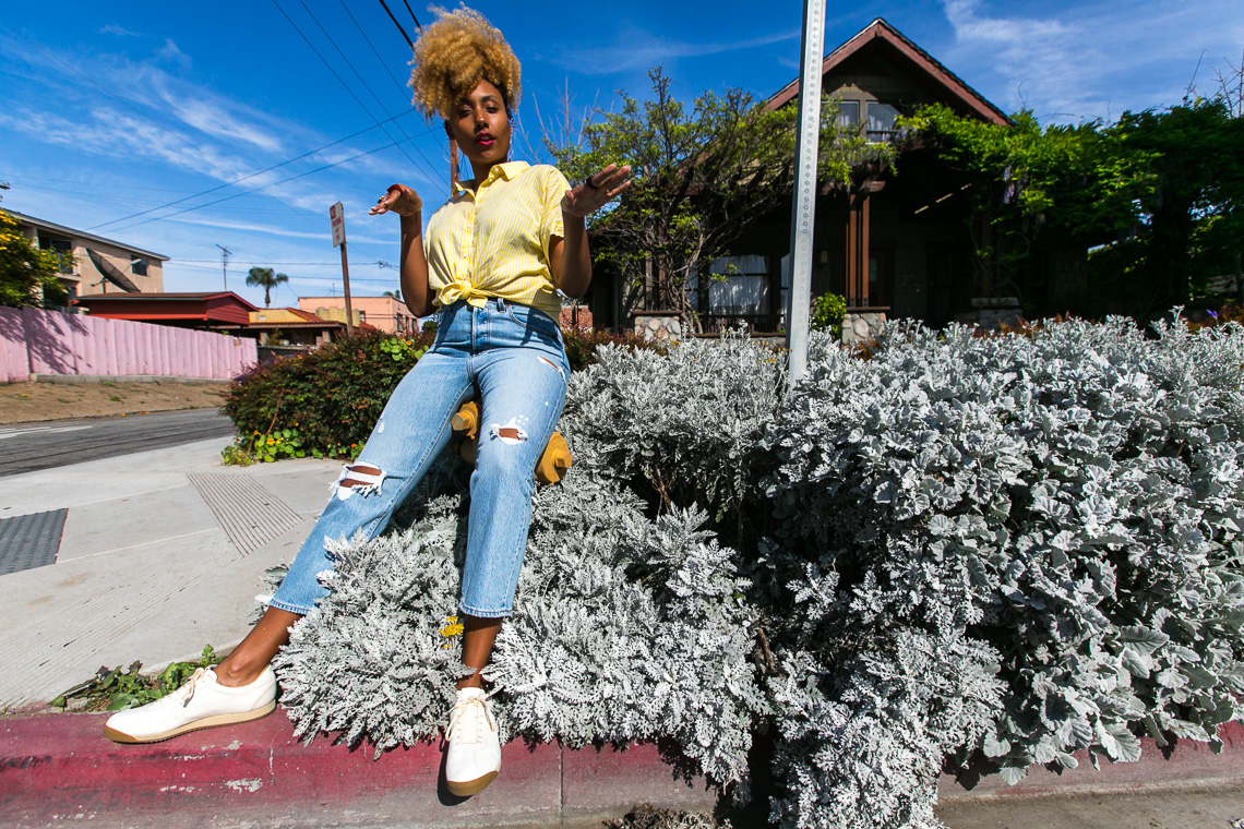 levis wedgie fit jeans-rsee-summer outfit idea-wear who you are