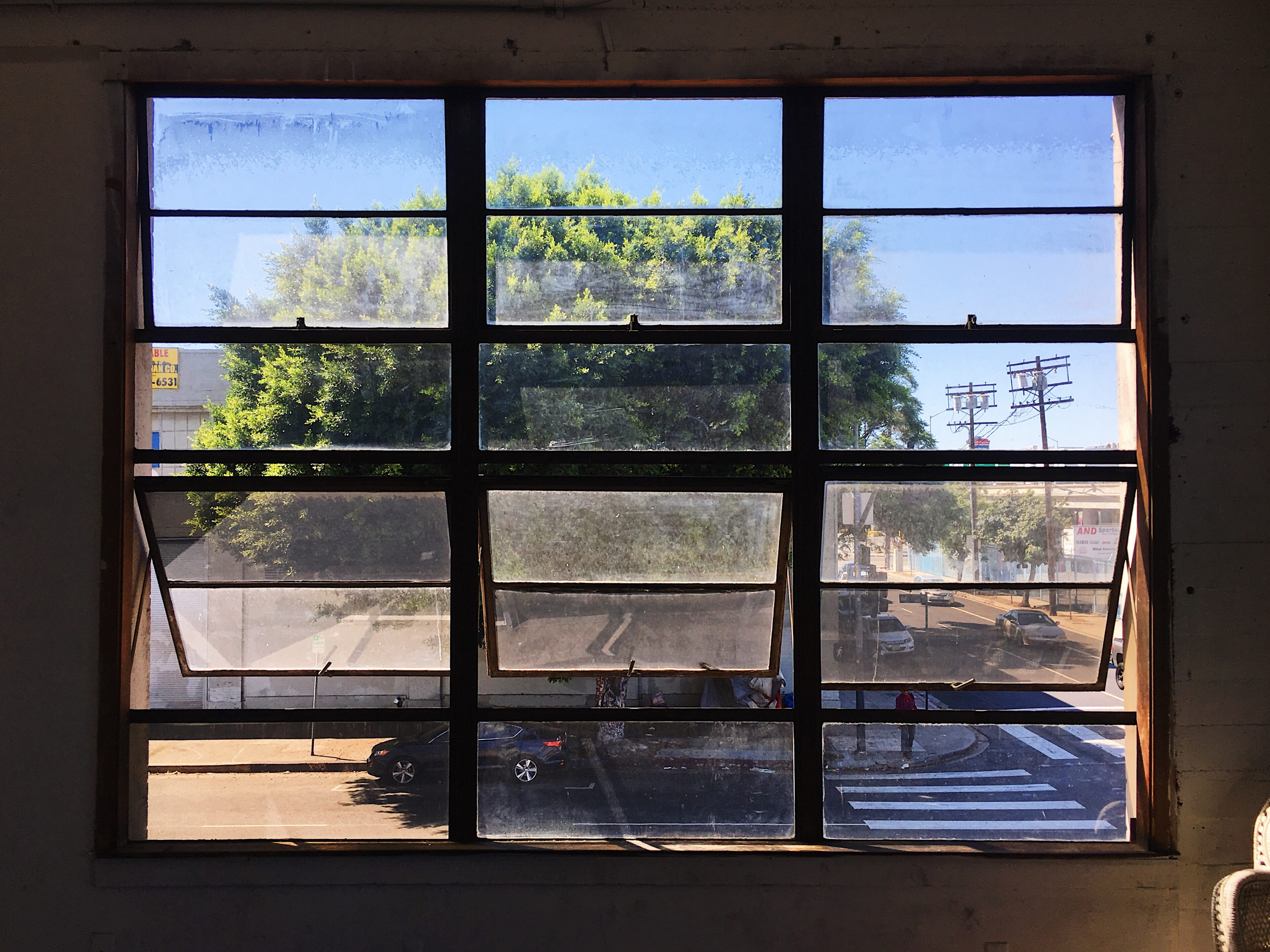 fd photo studio-los angeles-live clothes minded-window