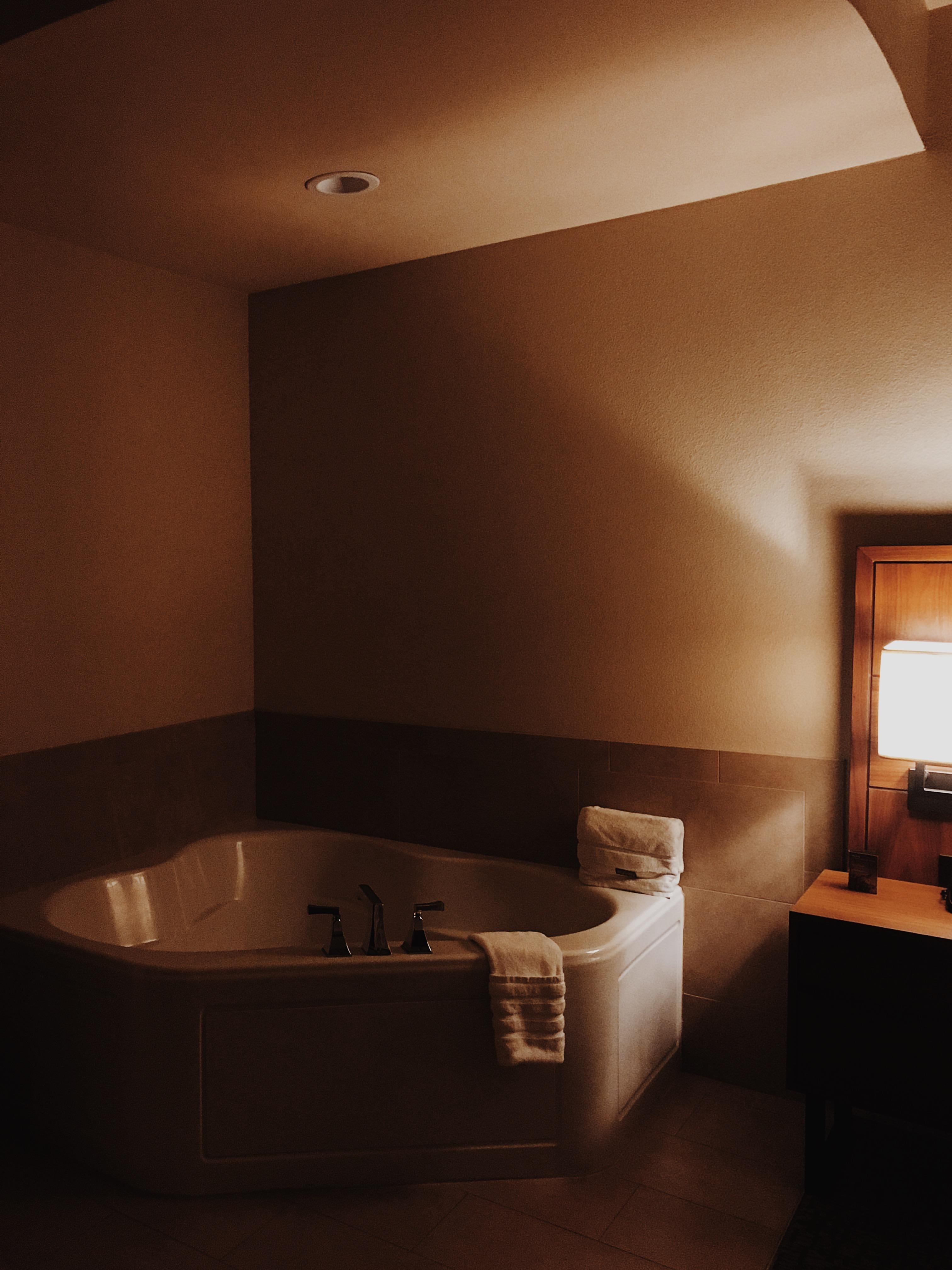 bath tub-the westin-palm springs