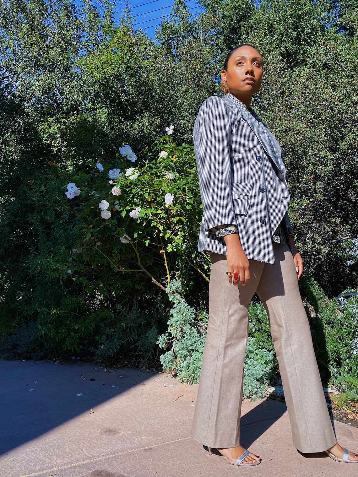 wedding guest outfit-slacks-blazer