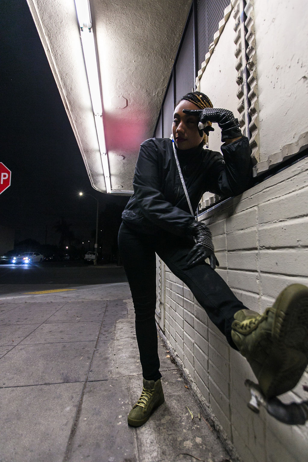 rsee-xmmtt-lcm-wear who you are-liquor store-asics-night photography