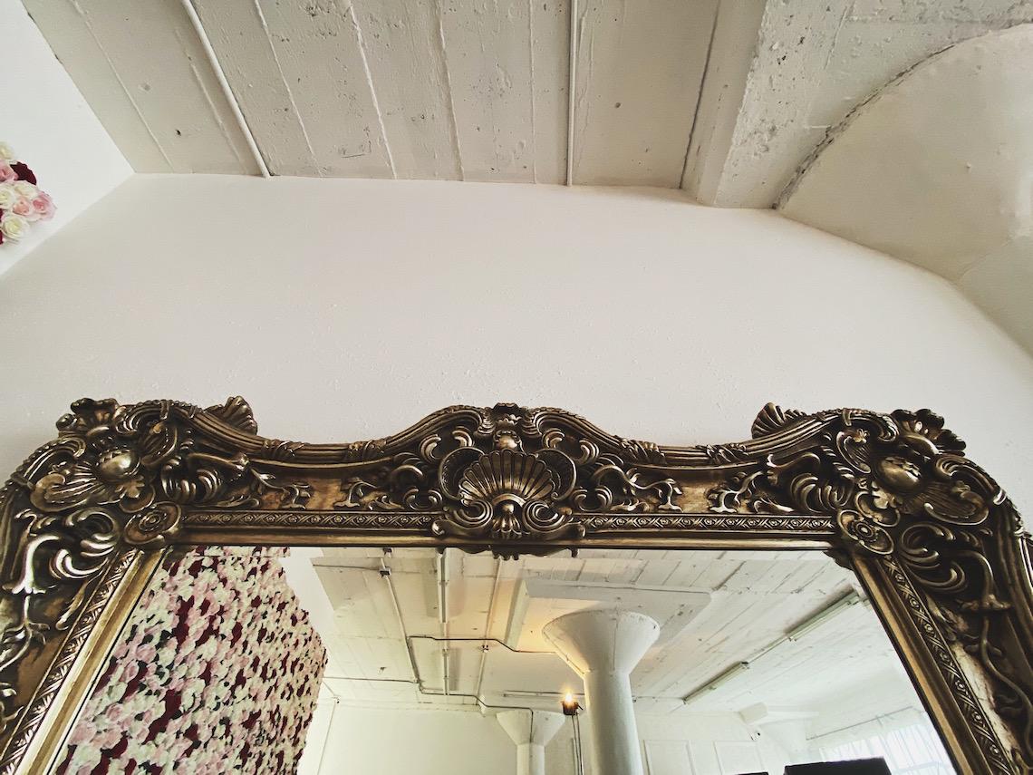 baroque-giant mirror-gold