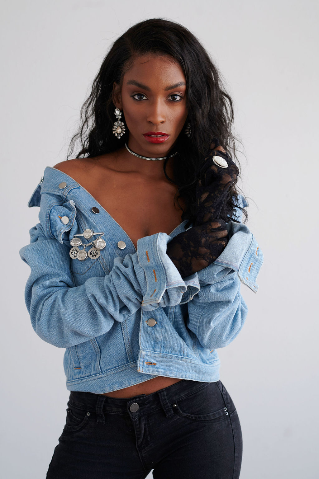 Annjulia Smalls In Y Project-styled by melissa-lcm-sheldon botler photography-denim jacket-elongated sleeves-high fashio
