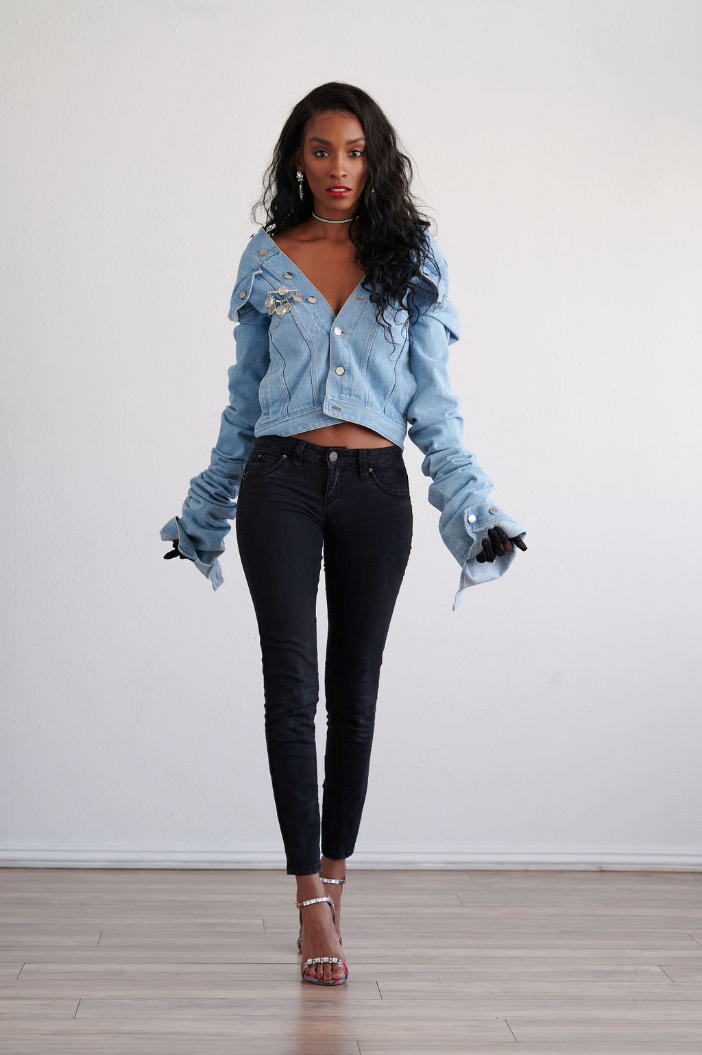 Annjulia Smalls In Y Project-styled by melissa-lcm-sheldon botler photography-denim jacket-elongated sleeves-high fashion