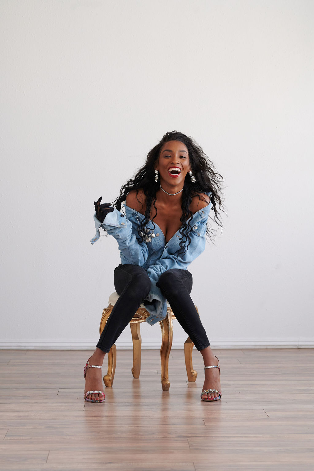 Annjulia Smalls In Y Project-styled by melissa-lcm-sheldon botler photography-denim jacket-elongated sleeves-high fashion-black girl magic-laughs