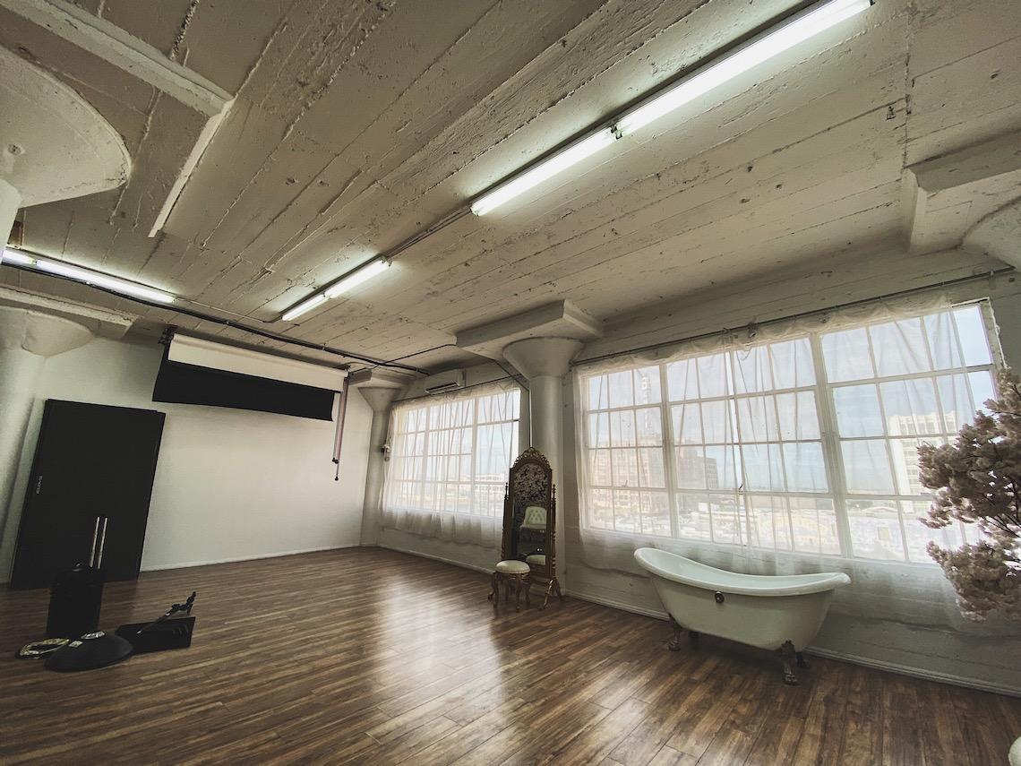 fd photo studio-dtla-natural light-photoshoot-gods grace