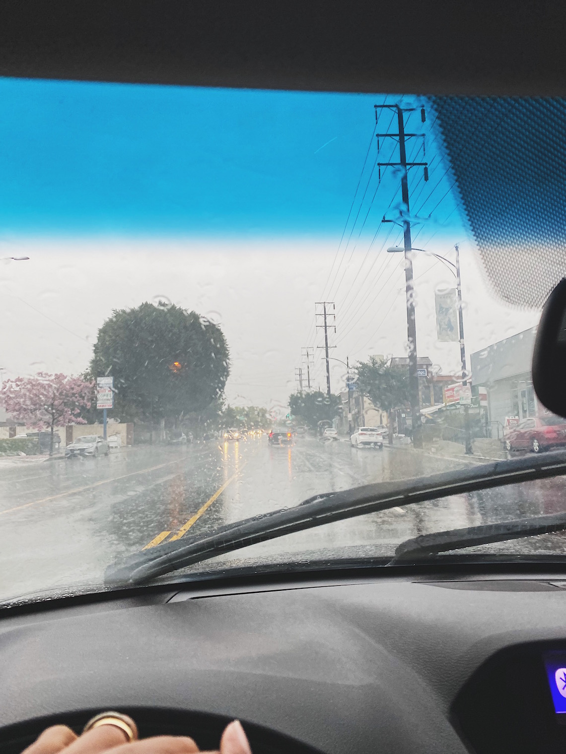 driving in rain-windshield wipers