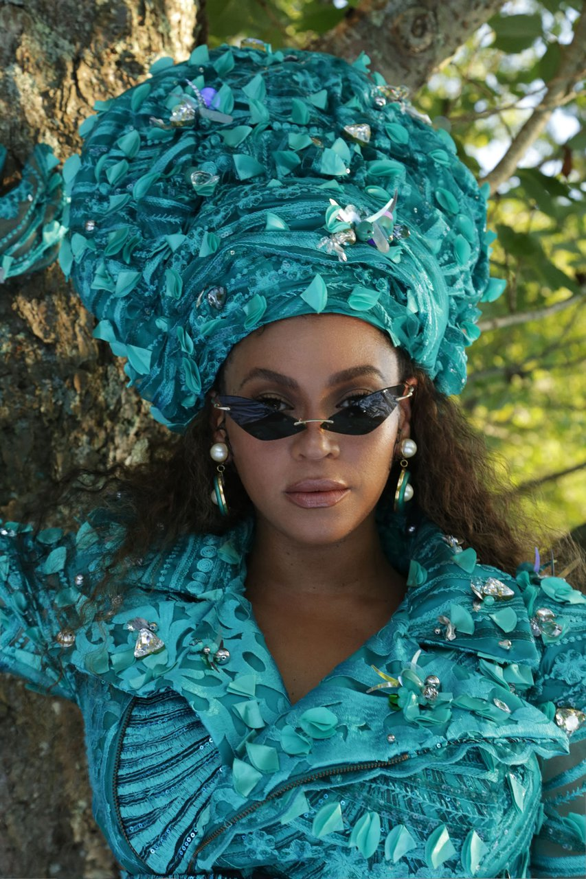 beyonce.com-disney-black-is-king-already-green-beaded-trench-jumper-hybrid-5-31-jérome