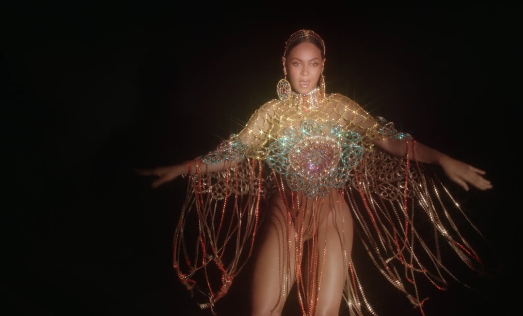 black-is-king-find-your-way-back-beyonce-poncho-sparkle-outfit